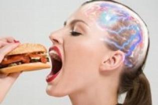 مواد غذایی سردرد آور را بشناسید